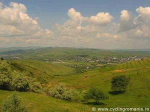 View-over-Urlati-the-biggest-town-in-Dealu-Mare